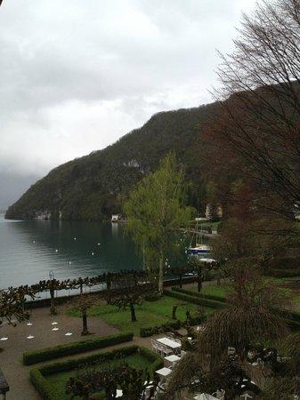 Hotel Abbaye de Talloires : Vue de la chambre sur le lac