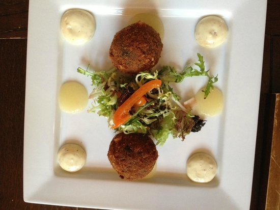 The Butchers Arms: ham hock and black pudding croquettes