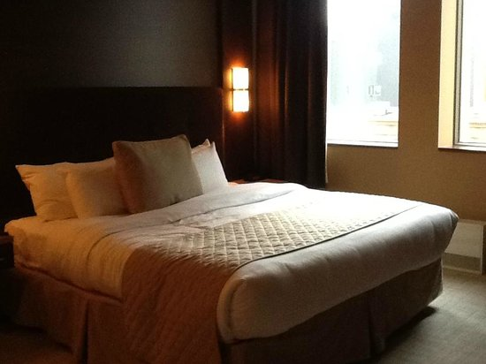 Hotel Royal William: Bed