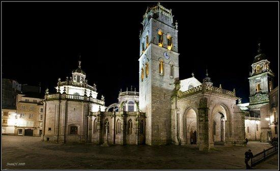 Hotel Sercotel Coto Real: Catedral Lugo