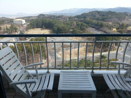 Hotel Hyundai Gyeongju: View from Balcony