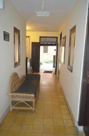 Andrea Hotel : Corridor