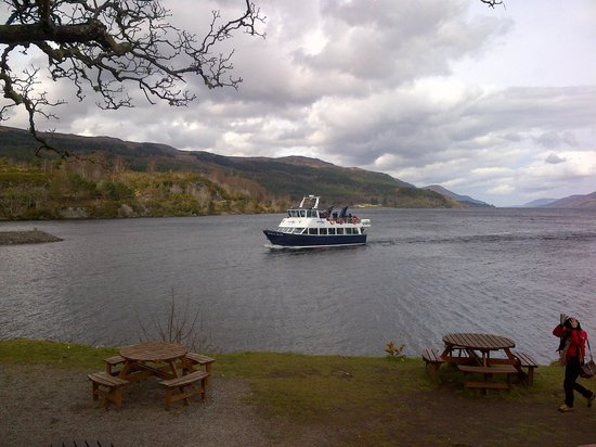 Tigh Na Bruach: The Ferry returning from an unsuccessful Nessie sighting at Fort Augustus