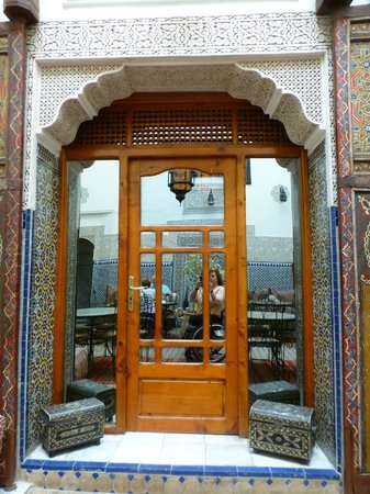 Riad al akhawaine: door to our room