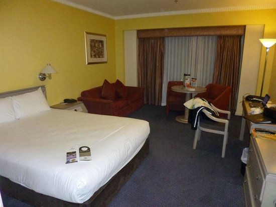 Hotel Grand Chancellor Adelaide on Hindley: Main room area