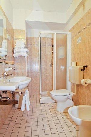 hotel arlecchino bagni nelle stanze