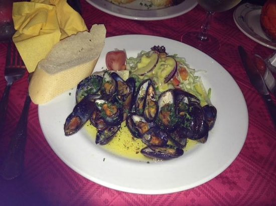L'Etoile: Grilled mussels