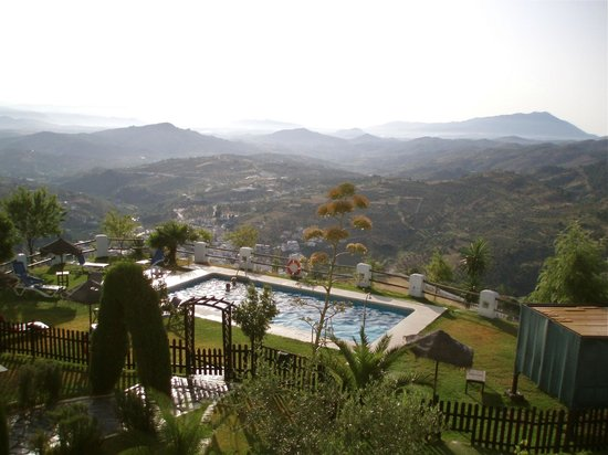 Hotel Cerro de Hijar: Our Balcony View