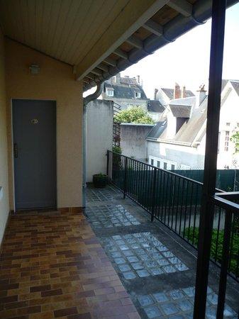 Hotel Mirabeau: un balcon de l'hôtel