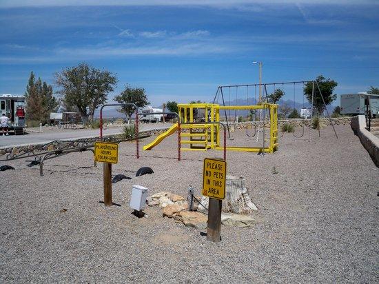 Las Cruces KOA: Playground