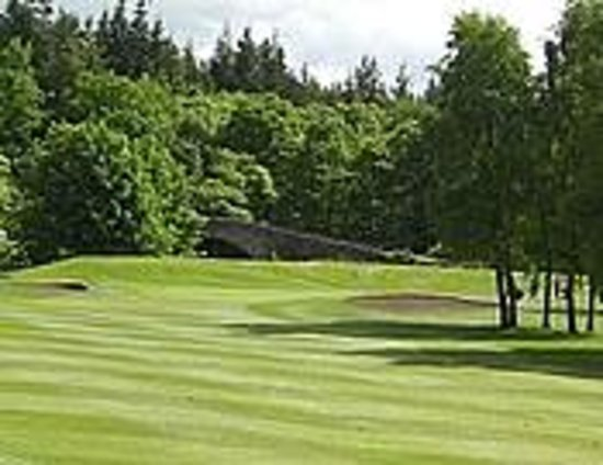 Newbattle Golf Club: view of 2nd green