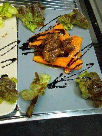 Les P'tits Radis : Sauté de canard aigre doux au 5 épices chinoises