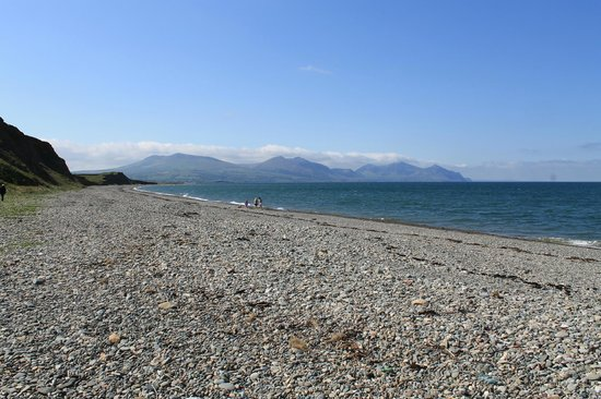 Dinas Dinlle Beach: Dinas Dille with Snowdonia in the distance