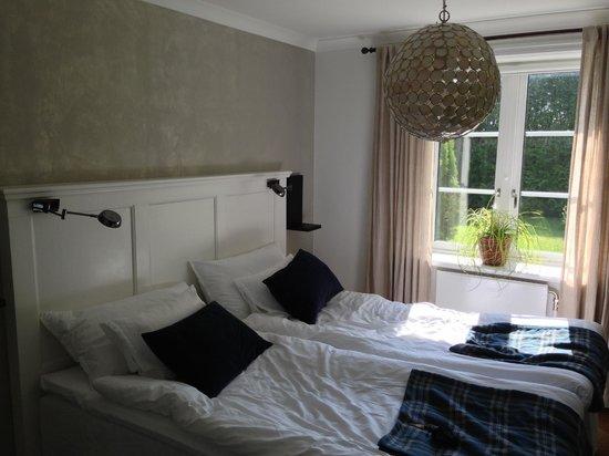 Hallfreda Hotell - Room