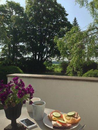 Hallfreda Hotell - Breakfast