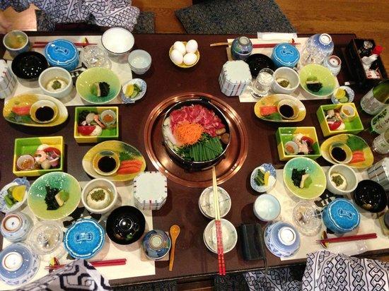 Hotel Yumenoyu: That's a big spread of Sukiyaki dinner... yummy