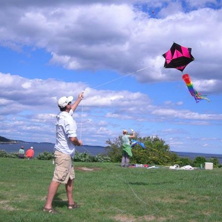 Fort Williams Park: Hilltop overlooking the water is ideal for kite-flying