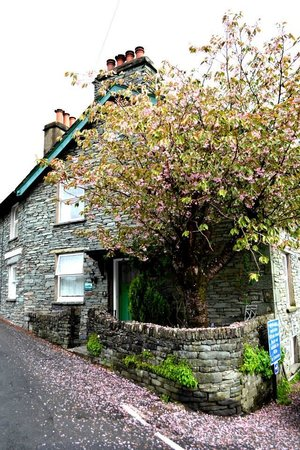 Chapel Stile, UK: The Old Postmasters Cottage