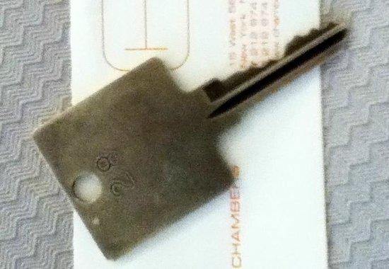 Chambers Hotel: design: chave do quarto