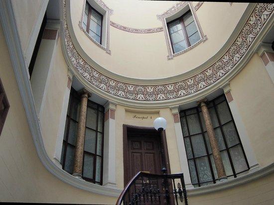 Treppenhaus Hostal Oliva, Barcelona