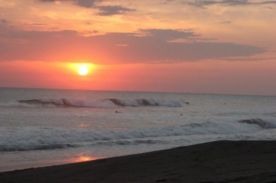 Hermosa Surf Vacations: Sunsets were amazing!