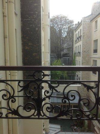 Grand Hotel de Turin: Вид из окна