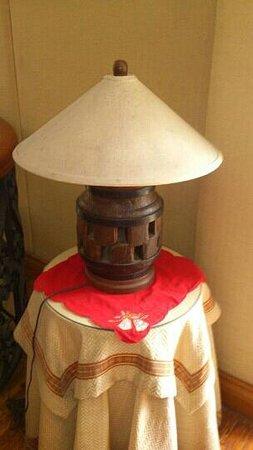 Coco Grande Hotel Dumaguete: lampshades..