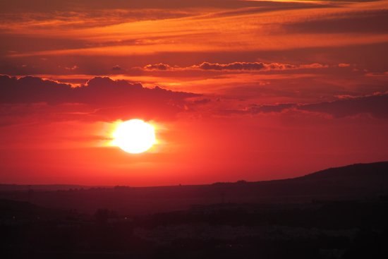 Cortijo Escondido: zonsondergang vanop ons terras