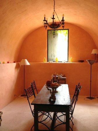 Le Mas de Barbut : Autre salle à manger