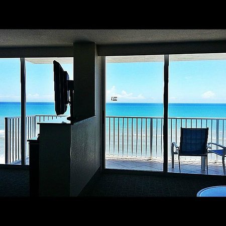 Radisson Suite Hotel Oceanfront: Baclony