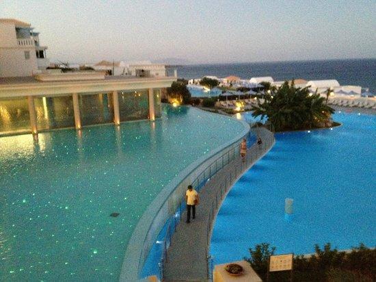 Atrium Prestige Thalasso Spa Resort and Villas: Aussicht vom Haupt-Restaurant