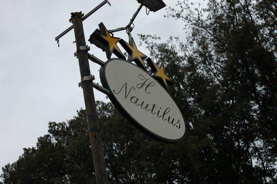 Hotel Nautilus : schon von weitem gut zu erkennen ...