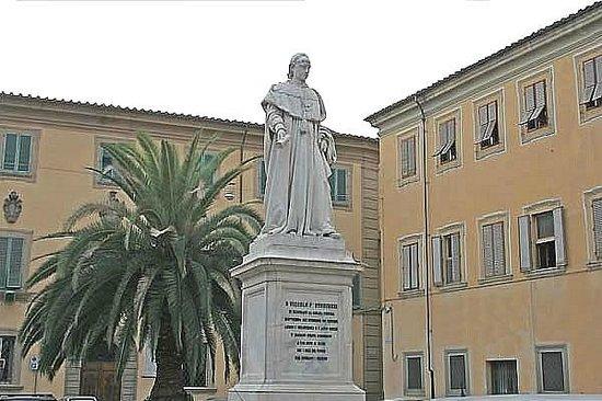 Apartments in Pistoia : Piazza dello Spirito Santo