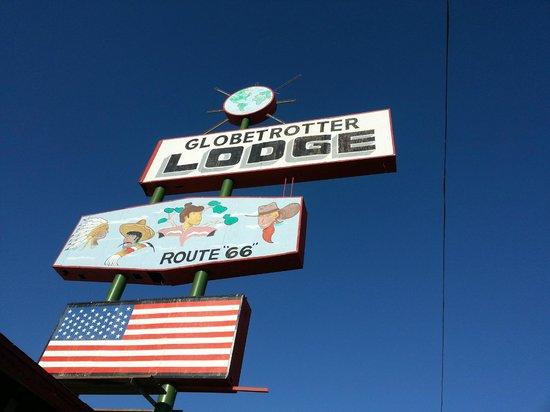 Globetrotter Lodge Sign