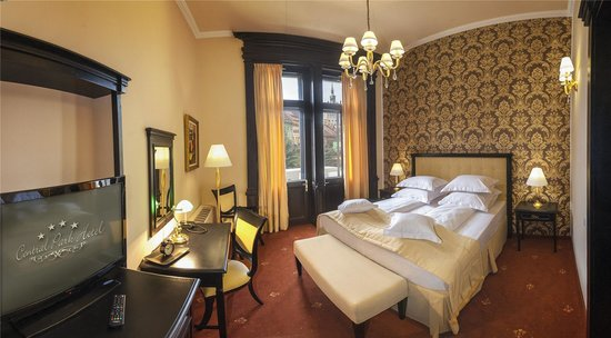 Hotel Central Park: Room with a private balcony and great view
