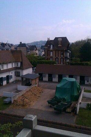 Augeval Hotel : vue de ma chambre
