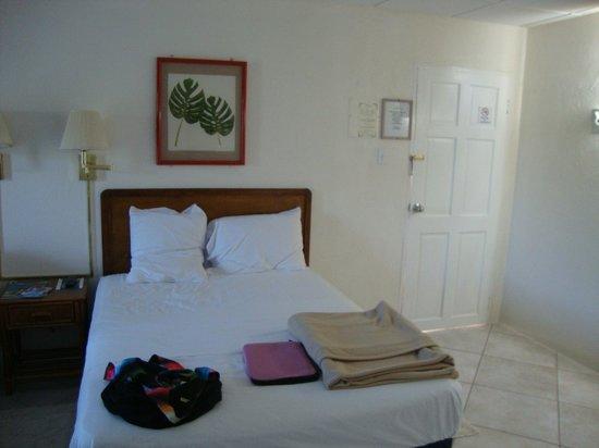 Southern Surf Beach Apartments: Uma das camas