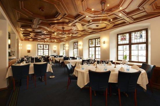 the 10 best restaurants near hotel de charme romerhof. Black Bedroom Furniture Sets. Home Design Ideas