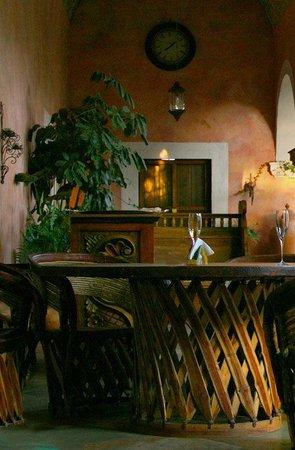 Hacienda Las Trancas: Porches