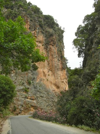 gorges of Theriso
