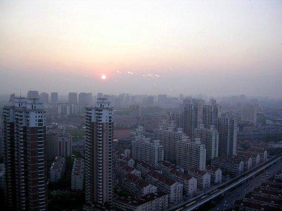 Renaissance Shanghai Zhongshan Park Hotel: Ausblick aus dem 33. Stock