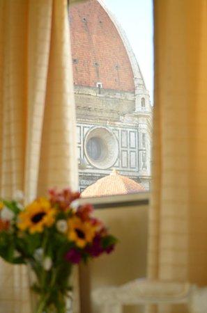 Hotel Brunelleschi : vista della cupola dalla suite