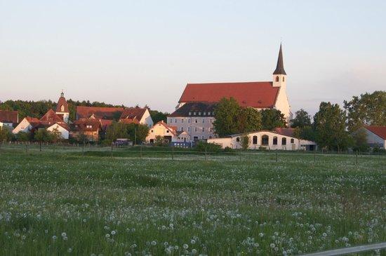 Seligenporten, Deutschland: Ansicht der Anlage von Westen her.