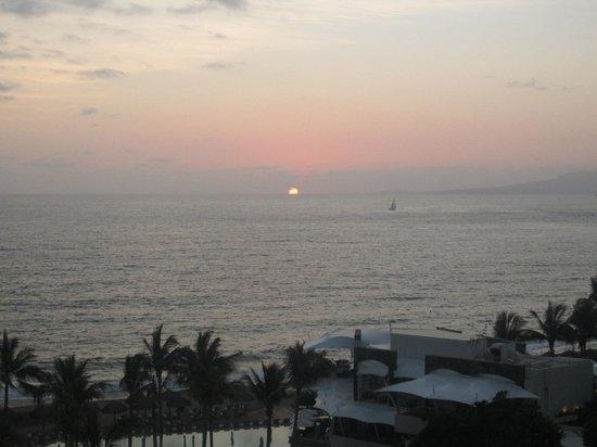 Secrets Vallarta Bay Puerto Vallarta: Sunset