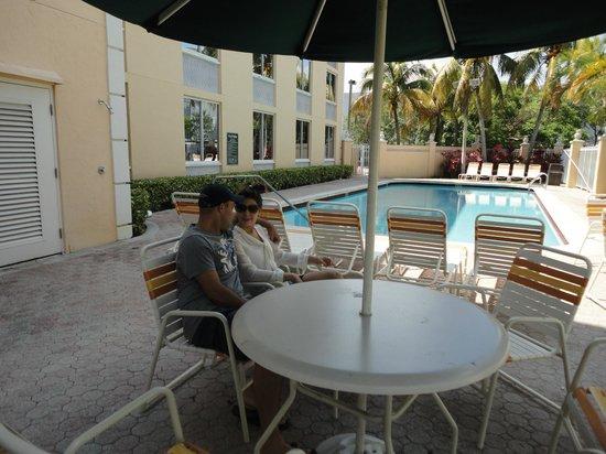 La Quinta Inn & Suites Sunrise : Piscina
