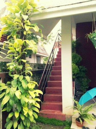Mackenzie Garden Residency : Stairs to 1st floor