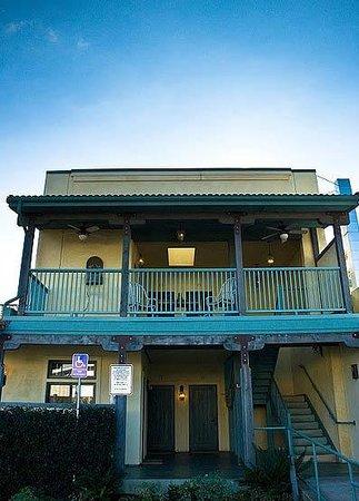 Sonoma Creek Inn : Exterior