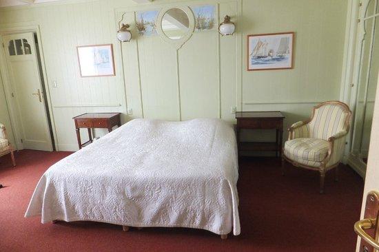 Hotel Le Richelieu : chambre