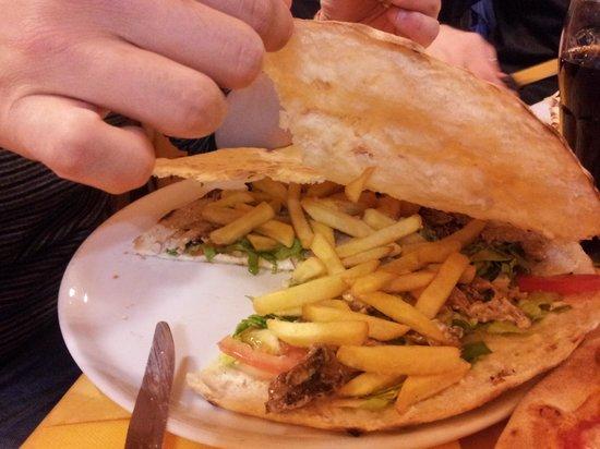Coyote Ugly: focaccia con il kebab