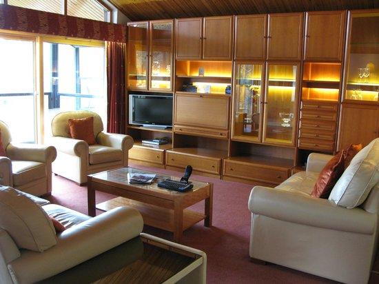 Hilton Grand Vacations Club at Craigendarroch Lodges: Living room